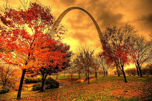 gateway-arch-autum.jpg
