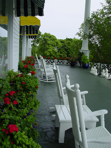 mackinac-porche-grand-hotel2.jpg