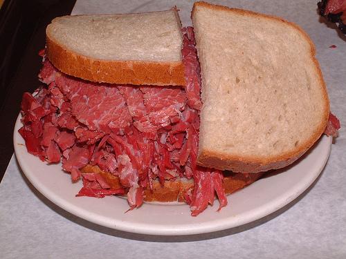 sandwich-pastrami-katz2.jpg