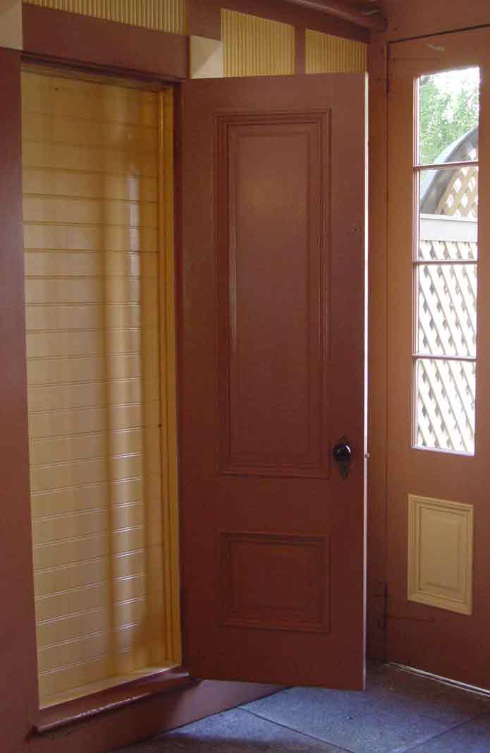 winchester-mistery-house-puerta.jpg