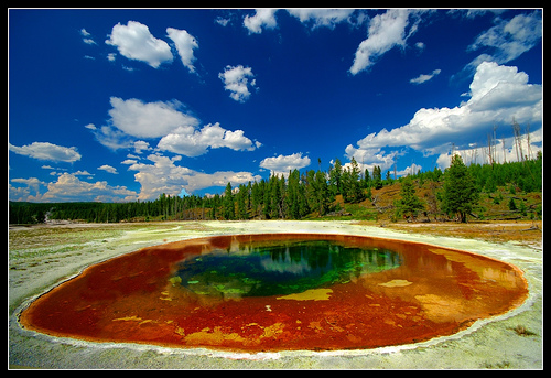 beauty-pool-yellowstone