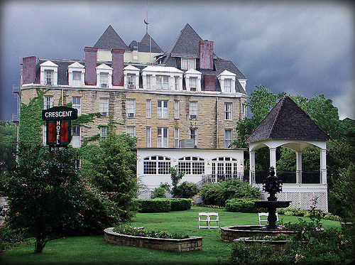 crescent-hotel-arkansas